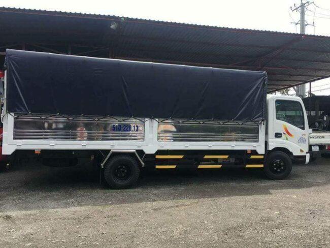 Xe tải 2 tấn chở hàng thùng dài 6 mét